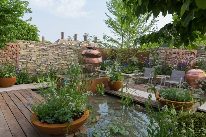 The Silent Pool Gin Garden